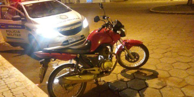 Em Campinorte: Polícia Militar recupera moto roubada