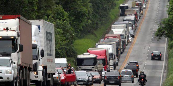 Associações que representam produtores de carne e hospitais acusam caminhoneiros de descumprirem acordo, Abcam contesta acusação